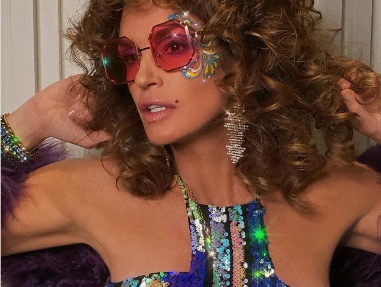 50 фото знаменитостей в причудливых солнечных очках