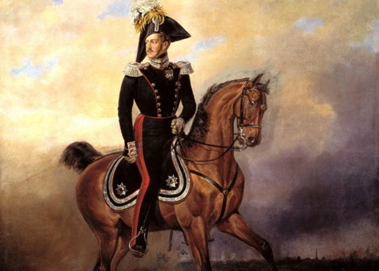 25 цветных фотопортретов царской династии Романовых